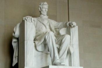 Lincoln_statue.jpg