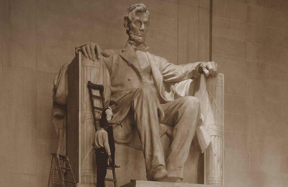 Assembling the statue of Abraham Lincoln, Lincoln Memorial, Washington, DC, May 30, 1922