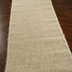 Burlap Table Runner   Call to Reserve