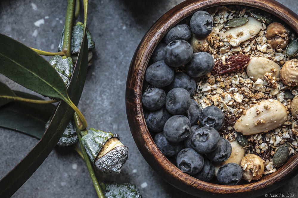 GranolaBlueberries.jpg
