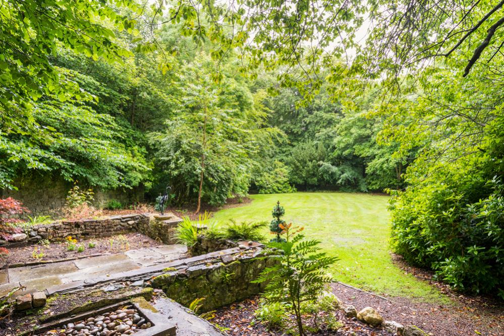 crop_9999_666_Regency-Mansion-Scotland-Olivers-Travels-10.jpg