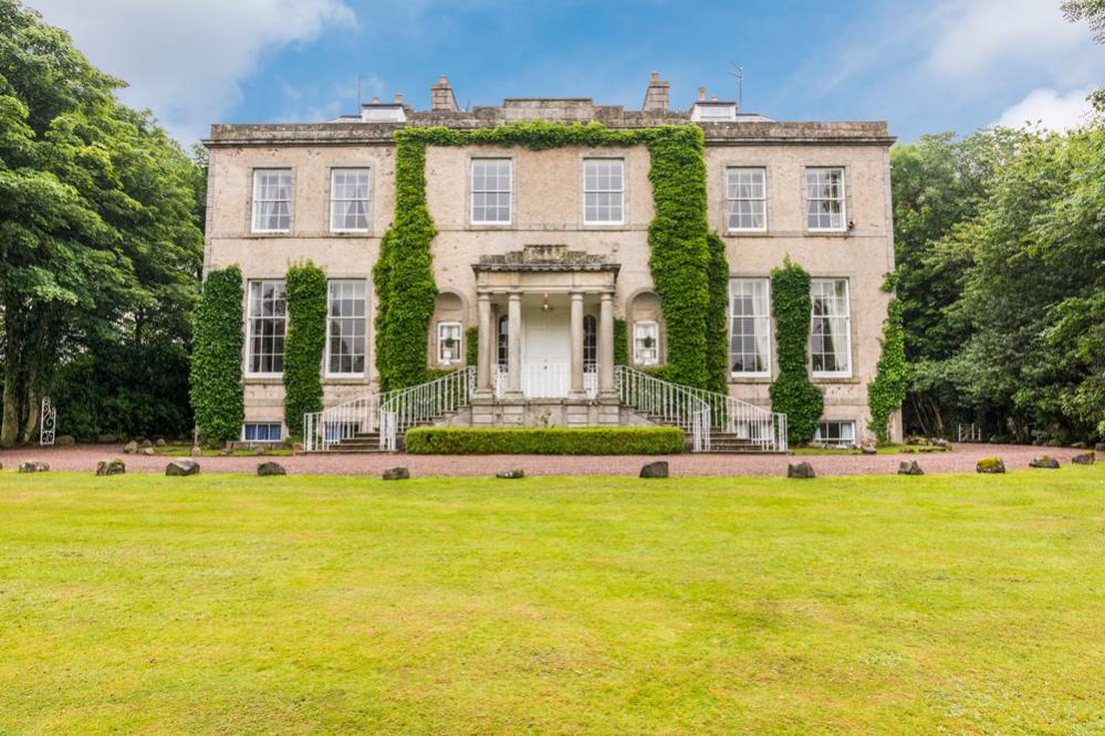 crop_9999_666_Regency-Mansion-Scotland-Olivers-Travels-14.jpg