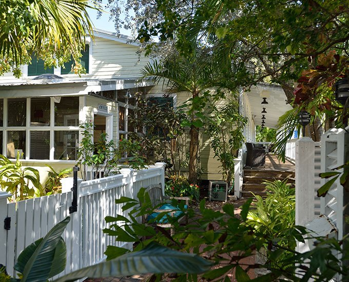 Merlin_Guest_House_Key_West_Garden.jpg