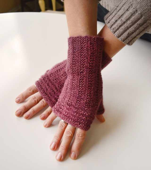 About Town Mitts_72_5.jpg