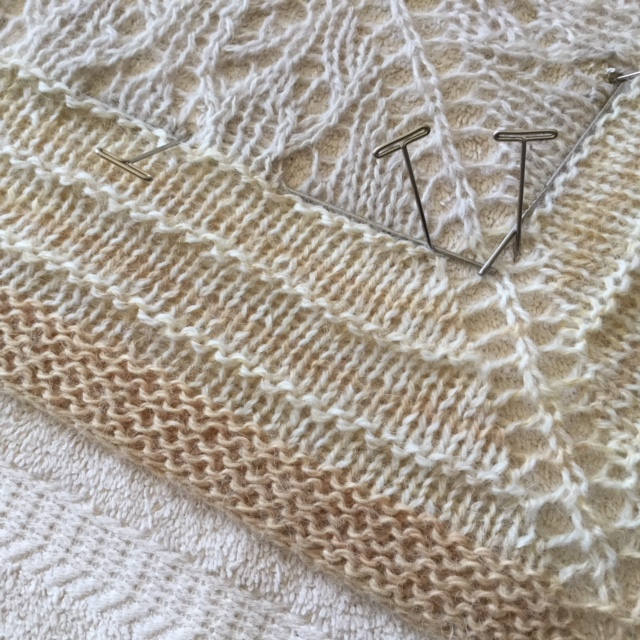shawl blocking closeup.JPG