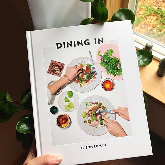 I love starting the week perusing a cookbook or two to help inspire nourishing meals for the days ahead.  This simple ritual helps to shift that feeling of being overwhelmed about what to cook into a feeling of creativity and excitement to cook instead. I adored this cookbook by @alisoneroman and her approach to home cooked cuisine that is downright delicious and beautiful to boot. I'm always down for dinner at home. Does anyone else find cooking and dining in vs eating out🍴is a relaxing way to end the day?