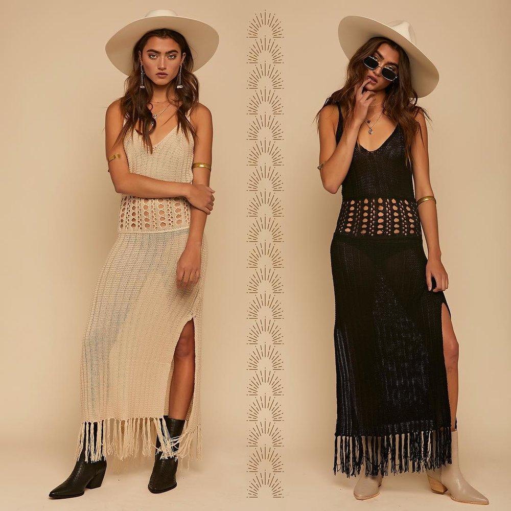 burning-man-essential-clothing-fringe-crochet-black-cream-white-dress-curio-what-to-wear-daytime.jpg
