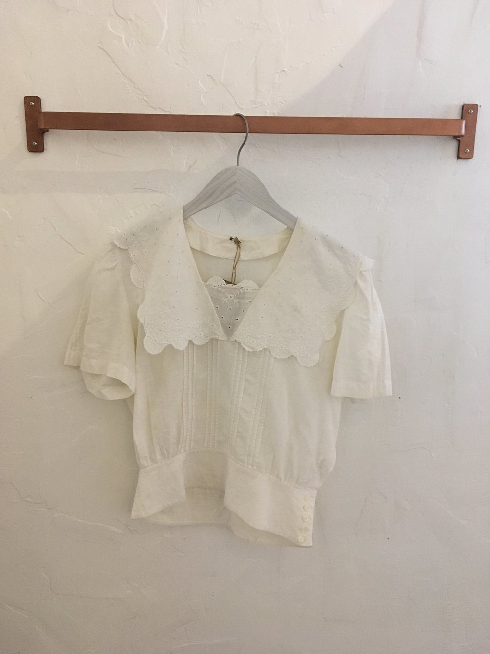 Gingerly Witty-Blouse
