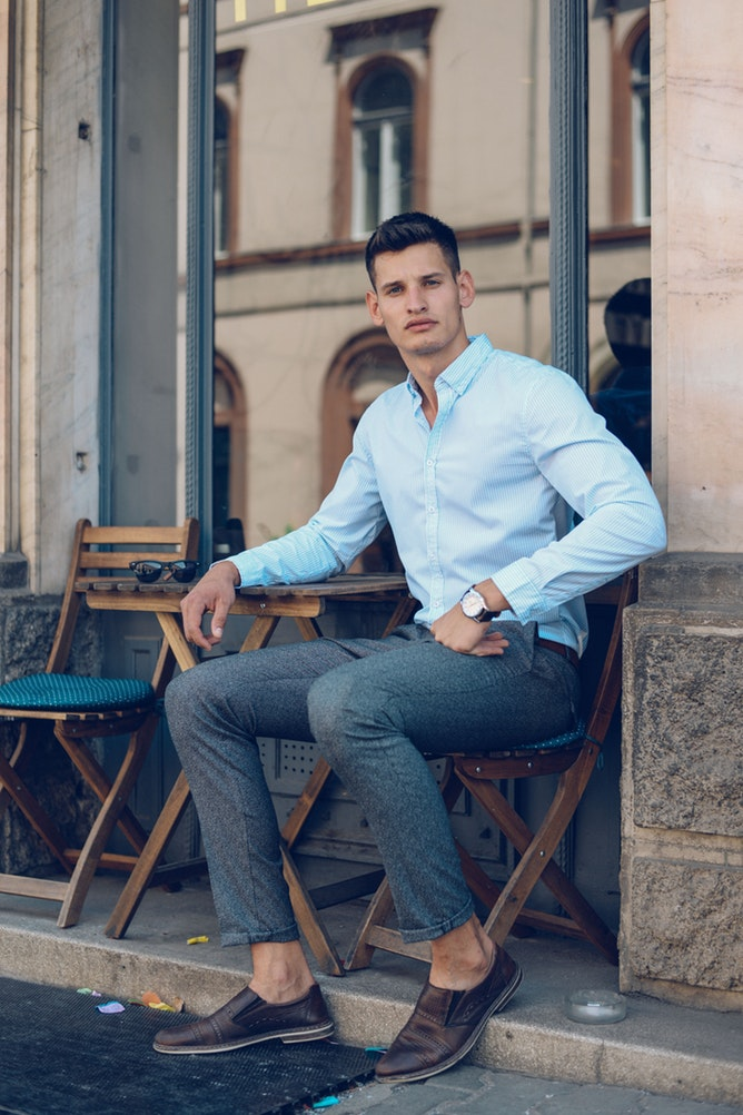 THE PROFESSIONAL LOOK - You mean business and you want those around you to respect you. That's why getting the right stylish look matters, especially because you're always on the go.