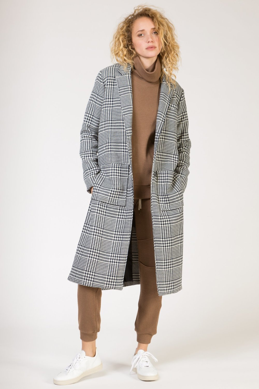 HIGH SLIT OVERCOAT - NAVY HOUNDSTOOTH
