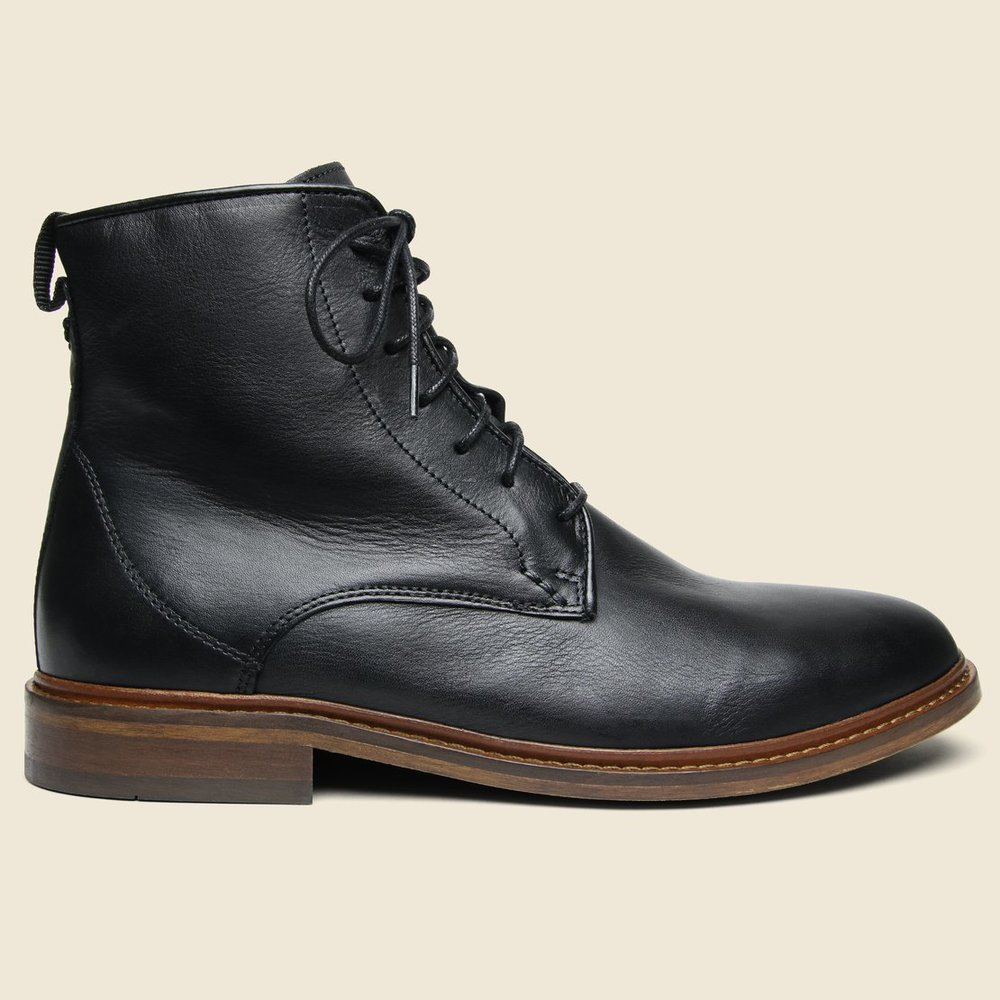 NED LEATHER LACE-UP BOOT - BLACK