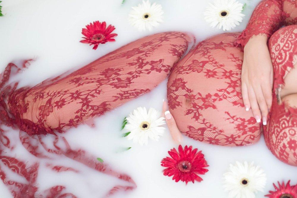 milk_bath_maternity_arizona_red_lace 5.jpg