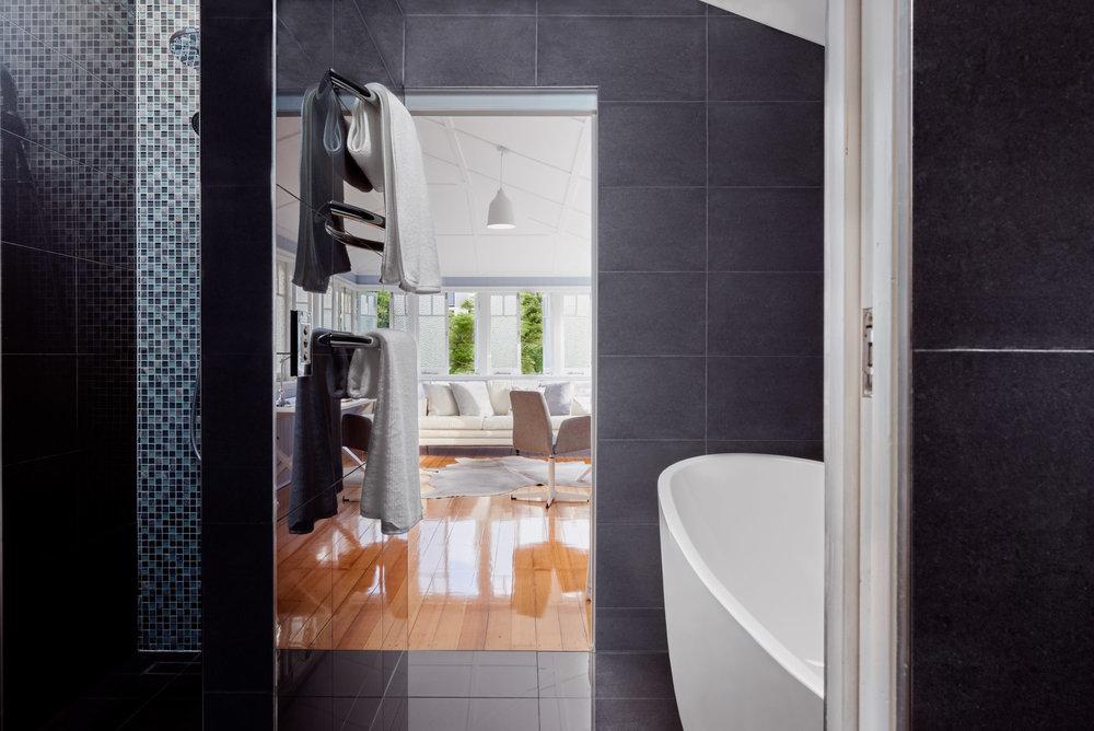 Resedential Interior Bathroom - Brisbane Advertising Photography, Brisbane Commercial Photography.jpg