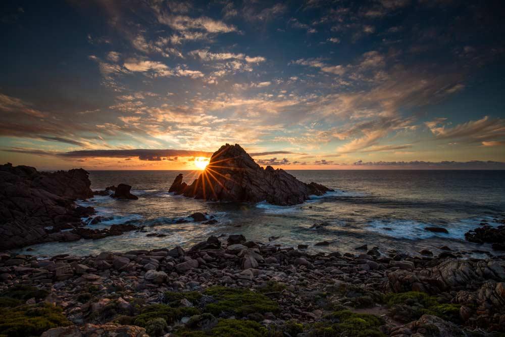 Sugarloaf-Rock_Tourism-WA.jpg