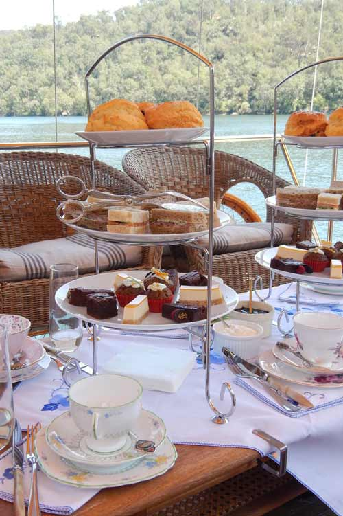 12+High+tea+aboard+MV+Kalinda.+Photo+©+Briar+Jensen.jpg
