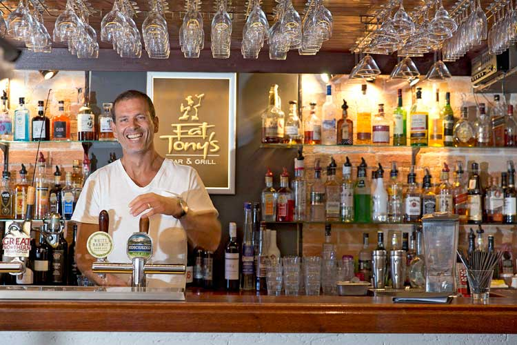 5+Anthony+'Ant'+Little+is+a+proud+local+and+his+restaurant,+Fat+Tony's,+should+be+added+to+any+Tathra+itinerary-lowres.jpg