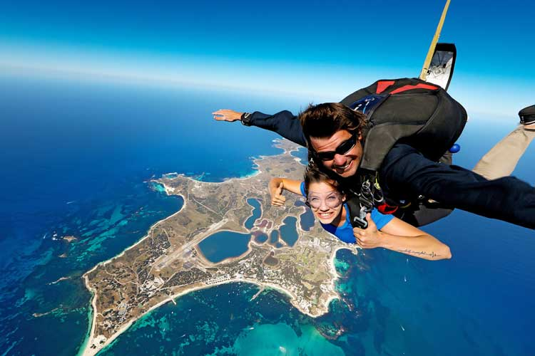 Skydiving+over+Rottnest+Island_Skydive+Geronimo+(2).jpg
