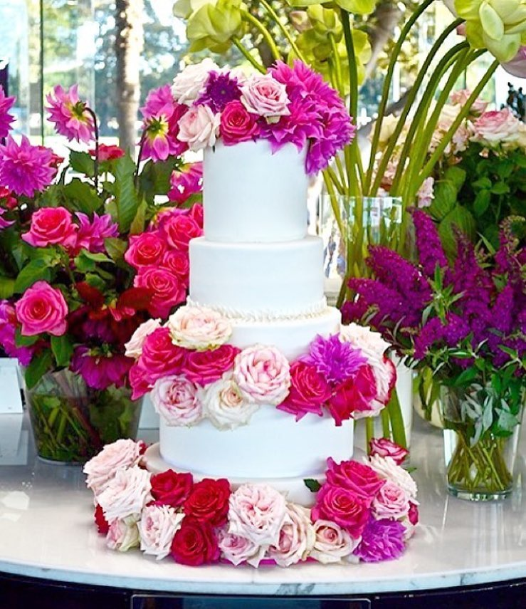cake flowers catalina.jpg