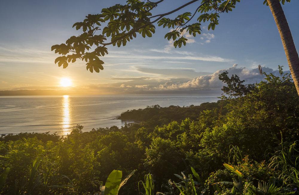 Lapa Rios sunrise.jpg