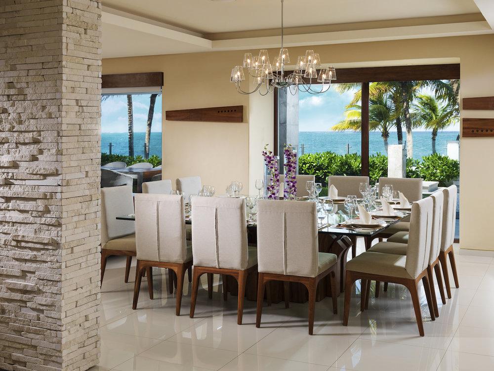 Villa Esmeralda Dining Room.jpg