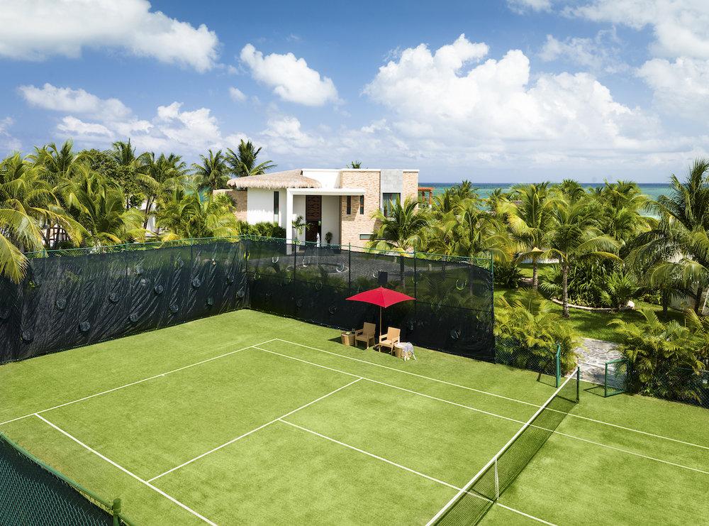 Villa Esmeralda Tennis Court.jpg