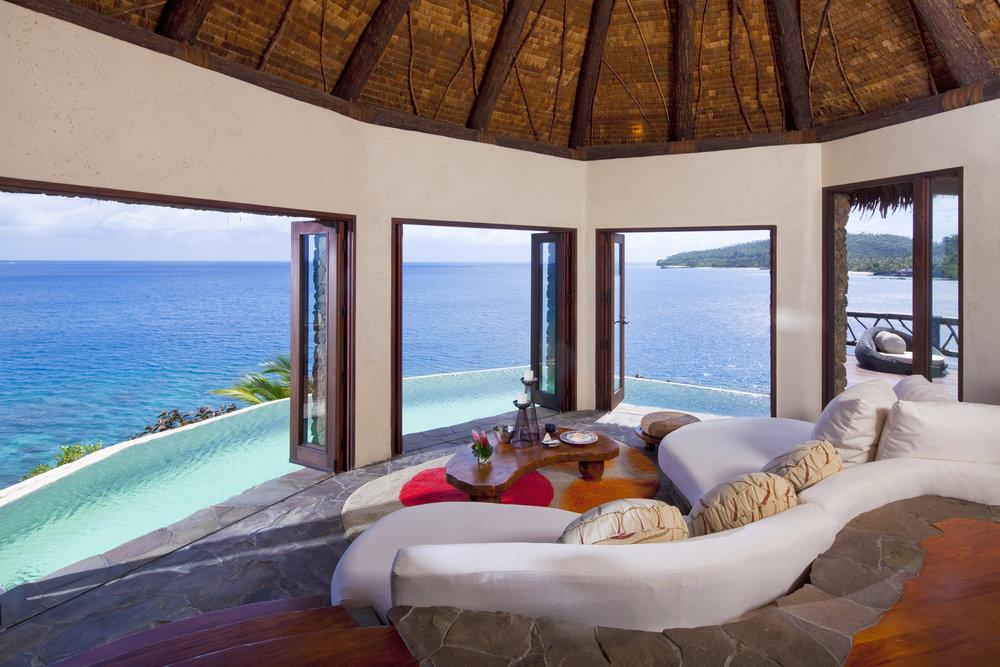 Laucala_peninsula_villa_lounge3.jpg