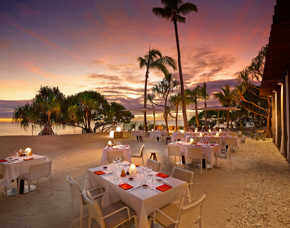 BRANDO_Restaurant-BeachDining-Sunset 1.jpg