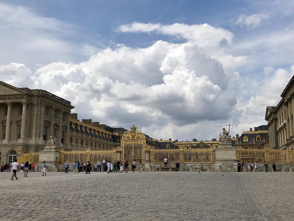Palace 1.jpg