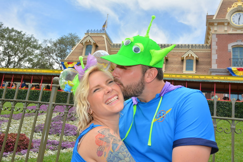 PhotoPass_Visiting_Disneyland_Park_8236823737.JPG