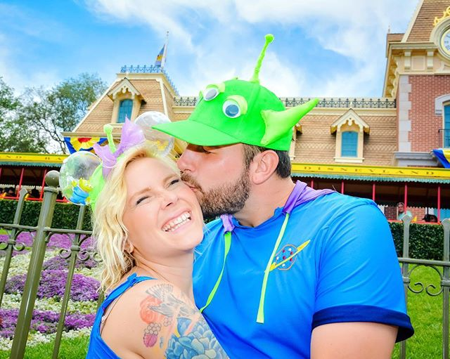 New blog post up now about these Toy Story Alien Disneybounds for Pixar Fest!! Link in bio! . . . . #disneyland #disneybound #pixarfest #toystory #littlegreenaliens #toystoryalien #cosplay #costumes #handmade #pixar #blog #disneygram #instadisney #disneycouple #relationshipgoals #couplegoals #disneylove #disneyobessed #annualpassholder #disneyap #disneyblogger #disneyblog #travelblog #adventureisoutthere