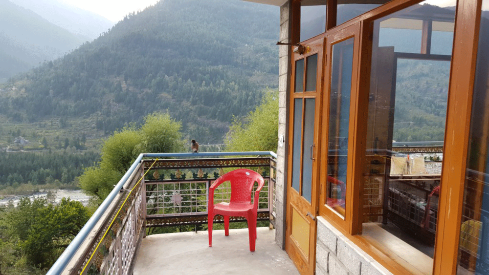 Balcony overlooking the Beas River