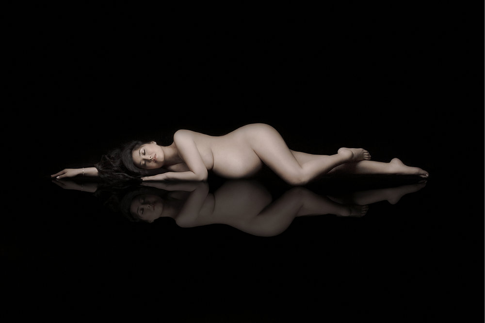 Maternity photo session with Liliya Lubenkova Portraits, Burnaby award winning photographer