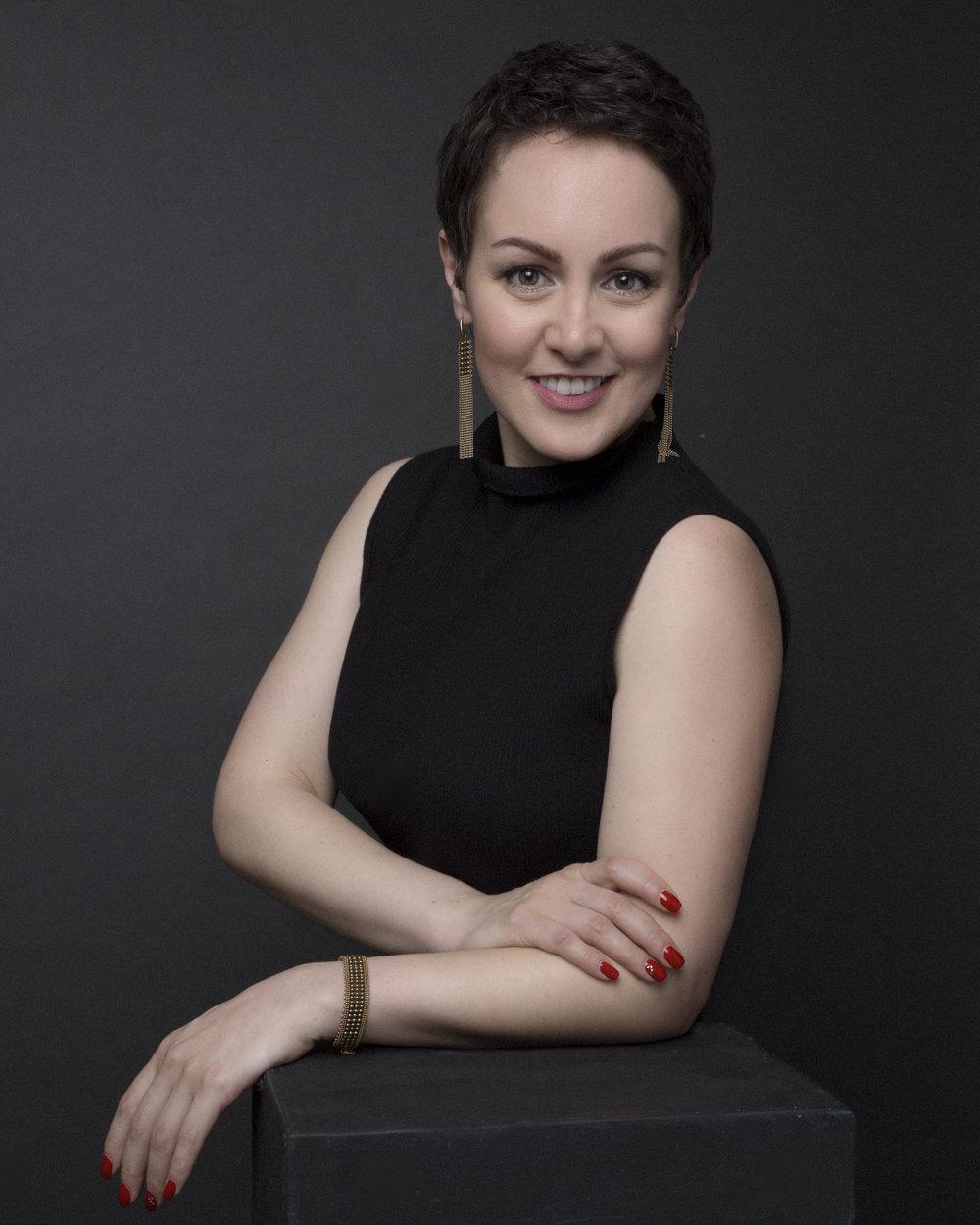 Personal Branding photoshoot with Burnaby based photographer Liliya Lubenkova Portraits