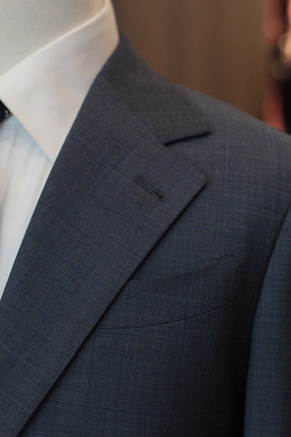 Notched Lapel with Laser Cut