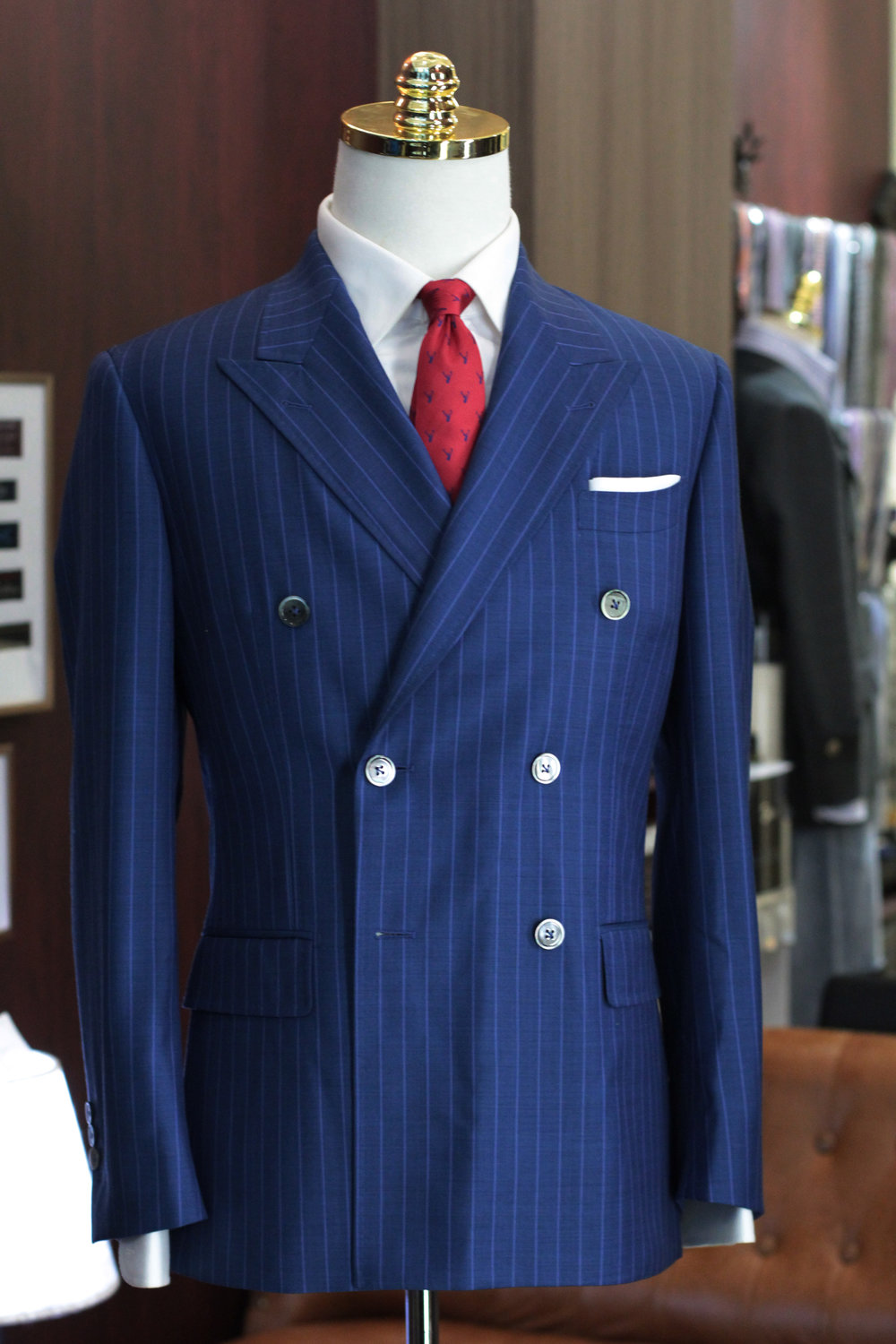 Eye of the tiger   Tailor Made Suits   Stylbiella Double breasted suit.JPG