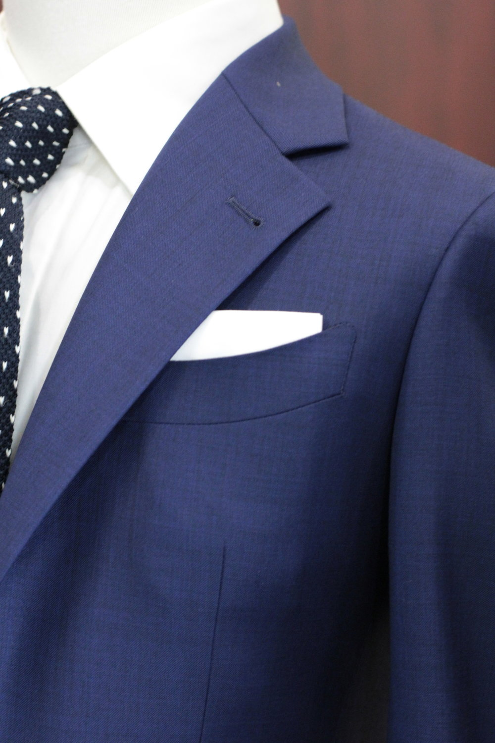 Notched Lapel.