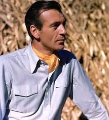 Gary Cooper  wearing a One-Piece Collared Shirt