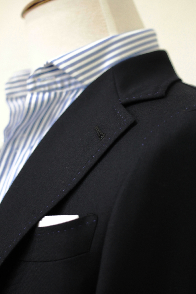 PIC STITCHING. - Visible stitches around the edges of our lapels are called pic-stitching. They aren't necessarily a sign of a well-made garment. However, they can be an attractive decorative flourish if they are made by hand. Stitching that made by machine falls out easily compare to hand stitching.