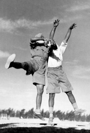 Made Suits-Gurkhas-Margaret-Bourke-White-288x424.jpg