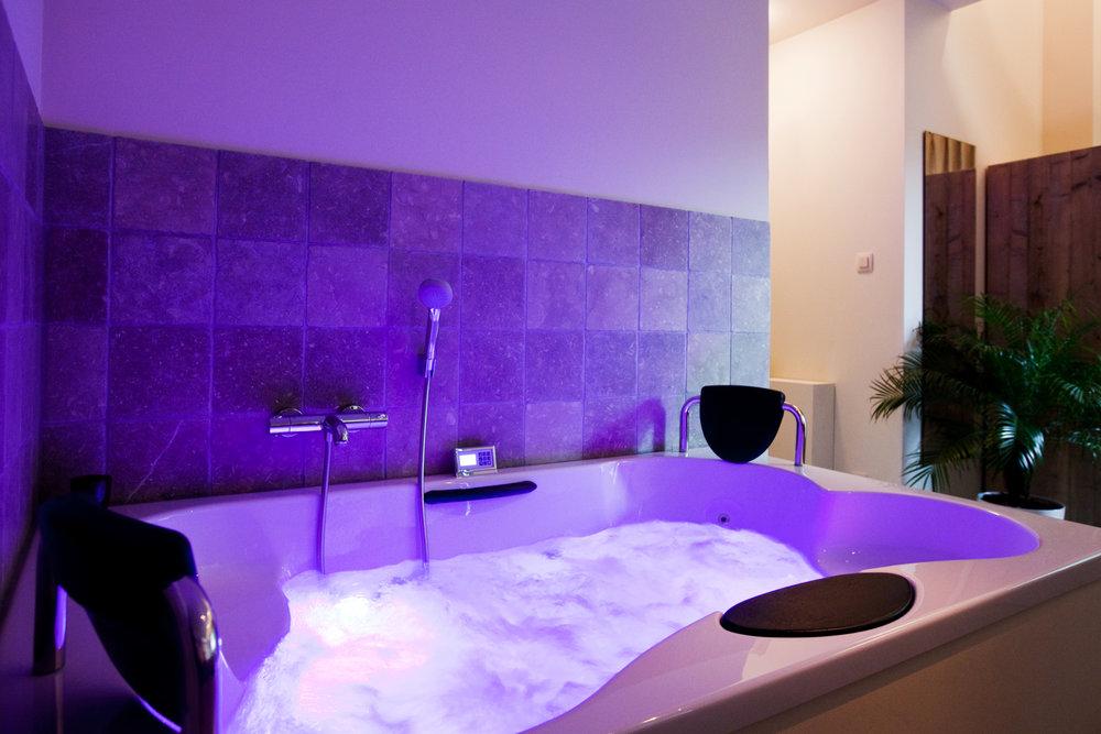 massagebad paars.jpg