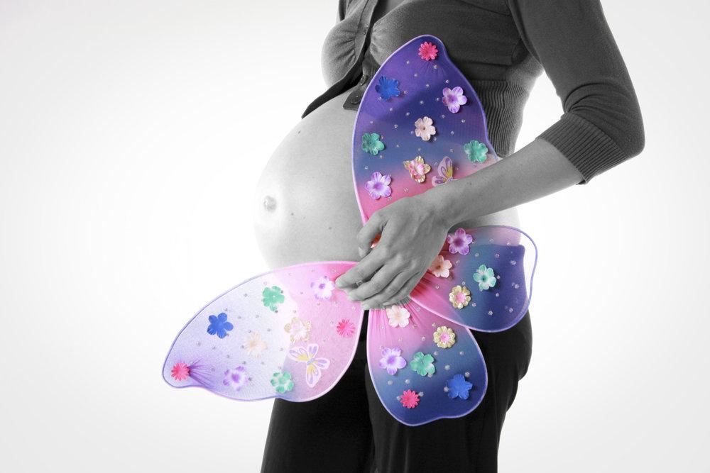 Verwentip - Trio zwangerschapsmassage met lichaamsmassage, gelaats- en hoofdmassage, uitgebreide ontspanning van je benen en voetmassage120 min. - 120 euro