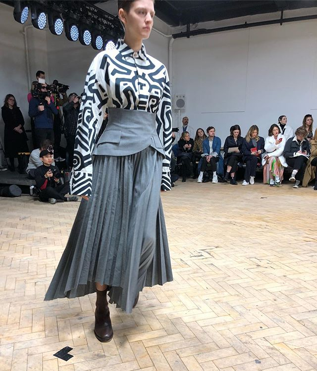 @awake_mode gave us the look for women standing strong. #lfw
