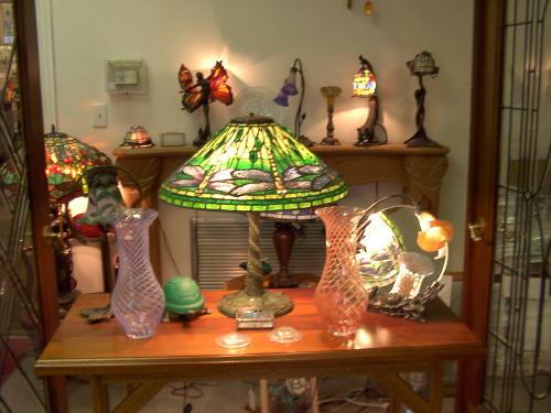 Tiffany Lamp_n3BhBJJWRZOXK9KDREaR-500x375.jpg