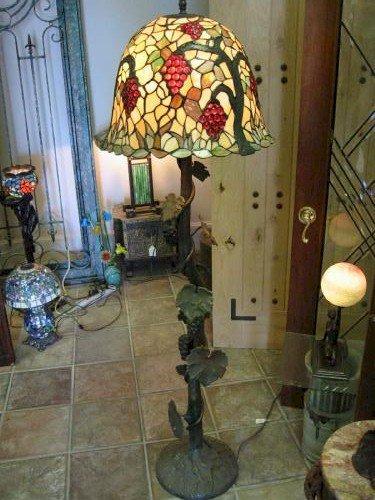 _lamp_Ajh44aH4RZqFIXJHyaWv-375x500.jpg