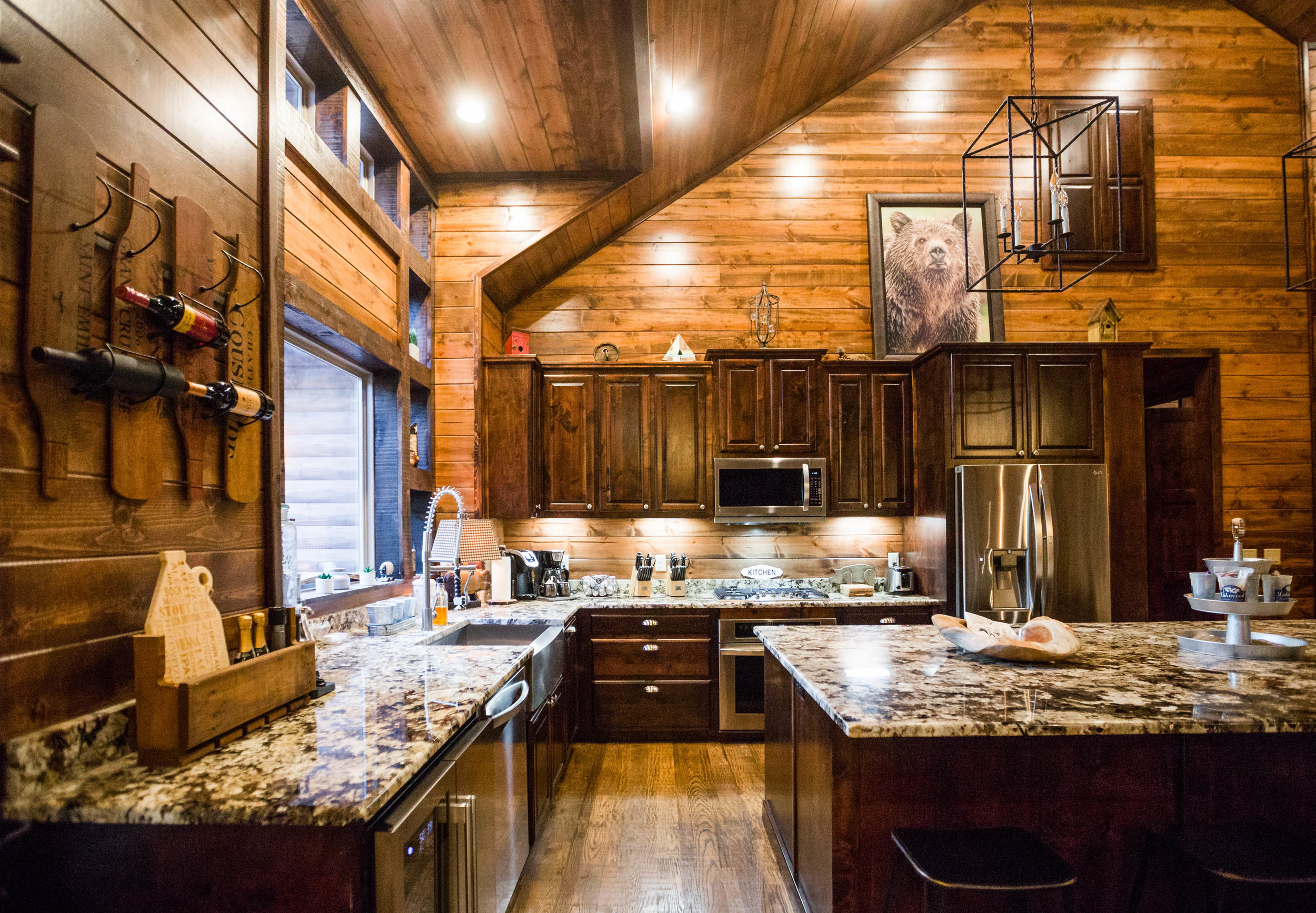 vacation this beautiful oklahoma national pin luxury at rent gorgeous bow cabin ouachita surrounded by forest in cabins broken