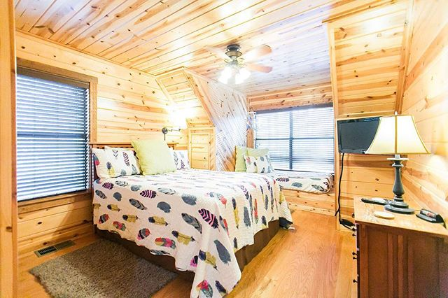 I am so smitten with this room in our newly styled cabin The Dream Catcher! What's your favorite decor style?