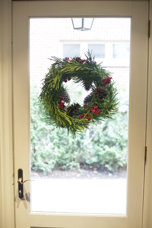 Mudroom Wreath 2-Photo Credit to Laura Mills.jpg