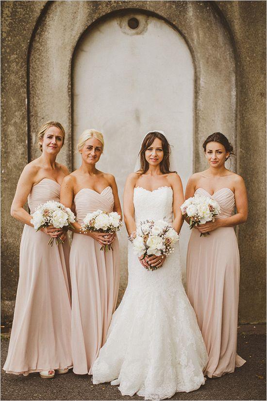 Photo via Wedding Chicks