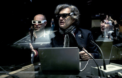 Wim Wenders working on PINA in 3D (foto: Donata Wenders)