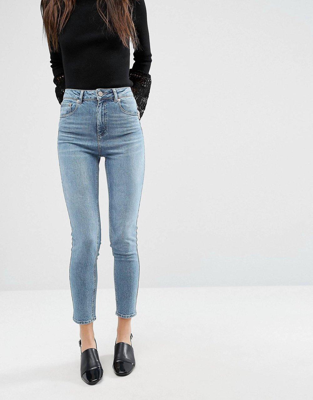 Mom Jeans 6.jpg